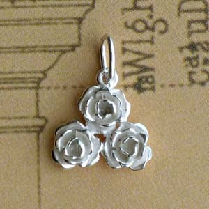 Pendentif 3 ROSES Triangle Argent Z13