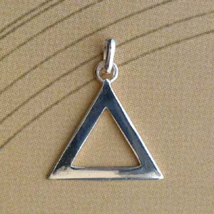 Triangle Argent PLAT EVIDE 20MM 107