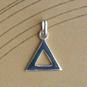 Triangle Argent PLAT EVIDE 15MM 110