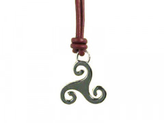Collier Argent TRISKELL PLAT 5/CUIR CIRE
